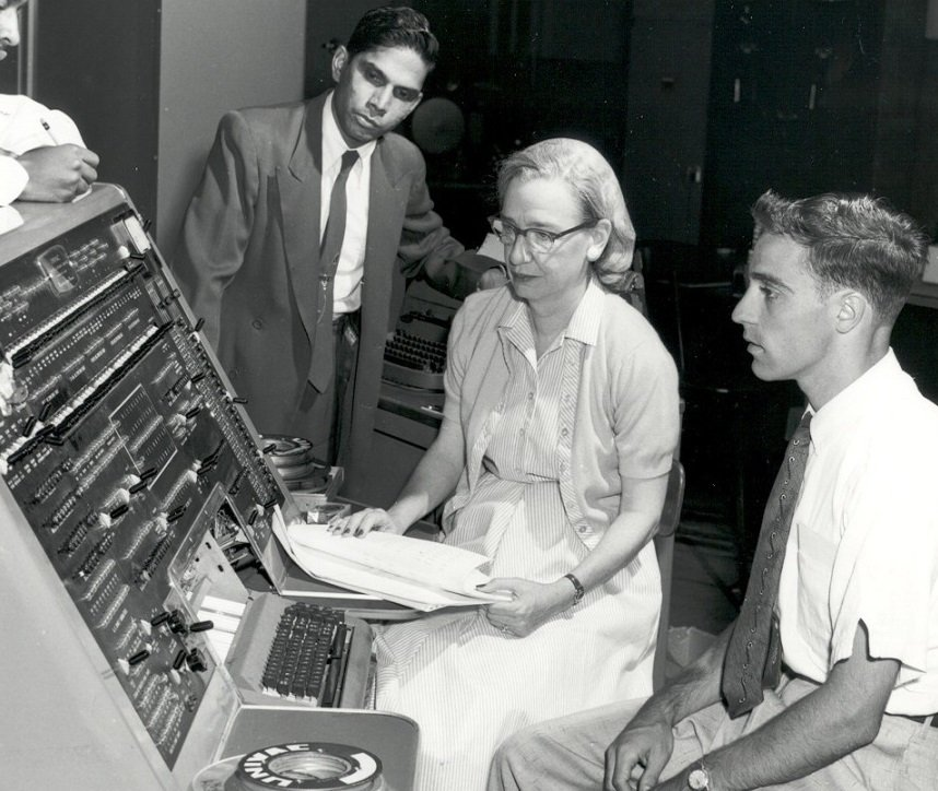 Grace Hopper and Colleagues History of Programming